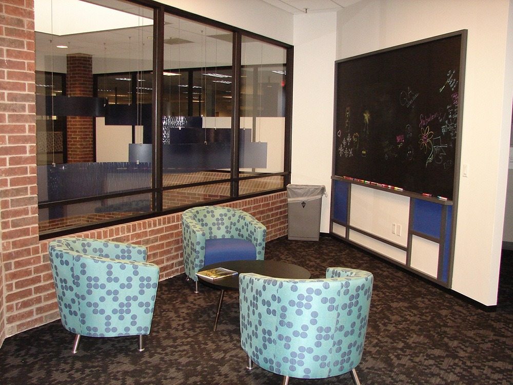 Michaels Corporate - Gordon Highlander Office Restack Project - Office